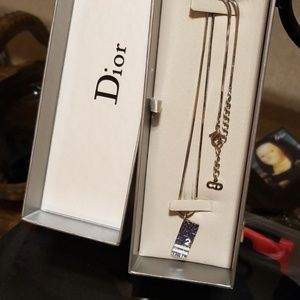Christian Dior necklace metal. Box, authentic.